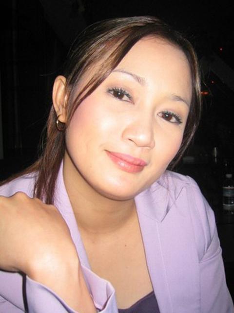 filipina_1999_009