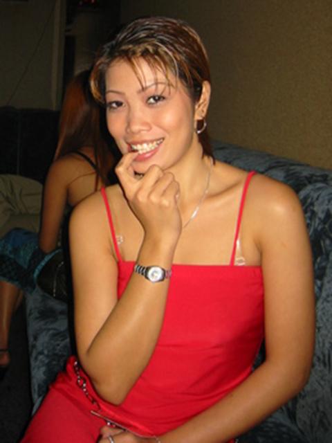 filipina_2002_030