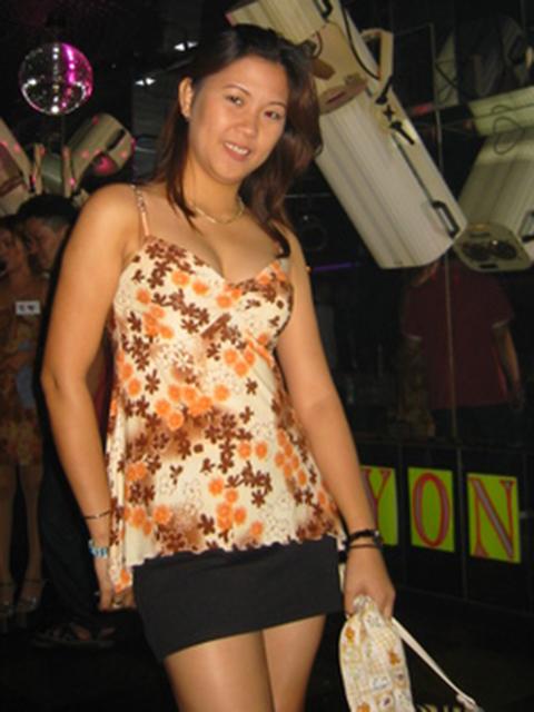 filipina_2003_043