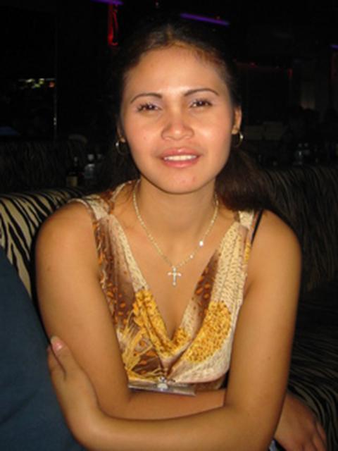 filipina_2003_112