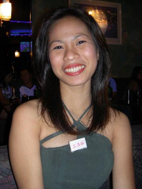 filipina_2004_129