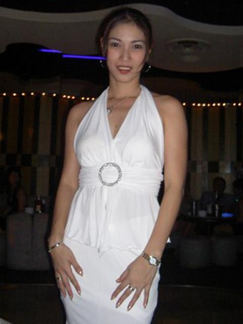 filipina_2004_132