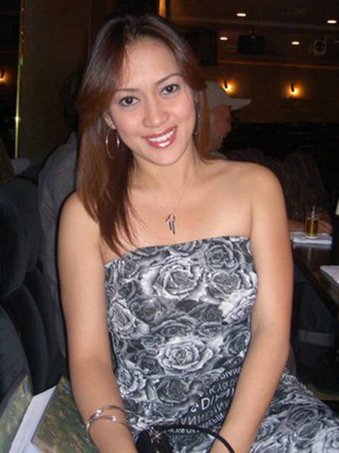filipina_2004_140
