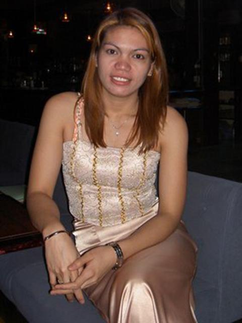 filipina_2004_145