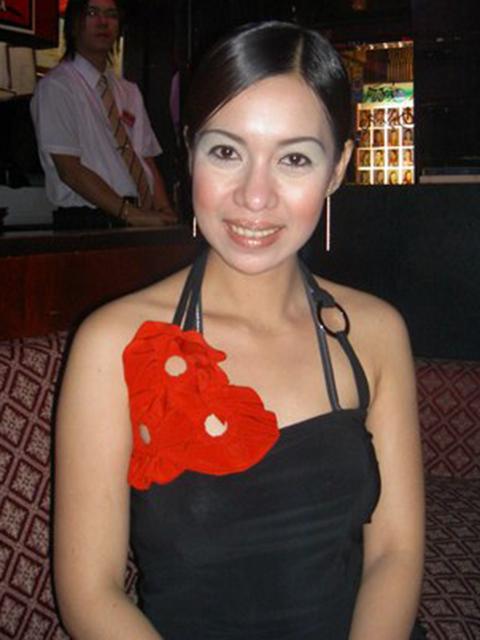 filipina_2004_169