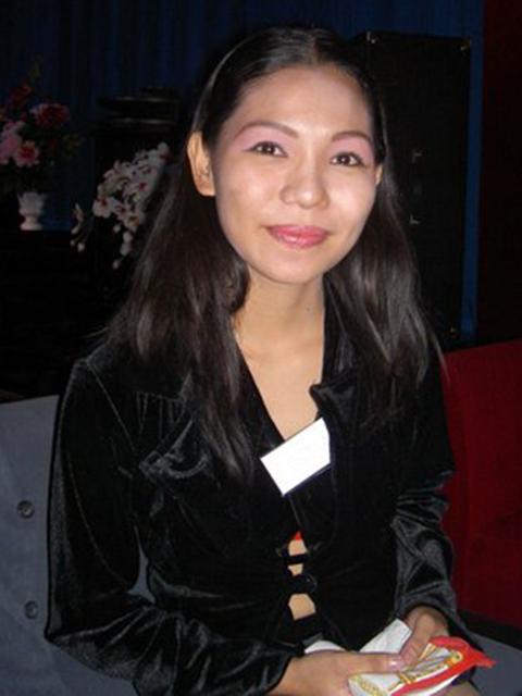 filipina_2004_172