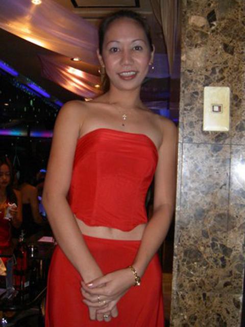 filipina_2004_195