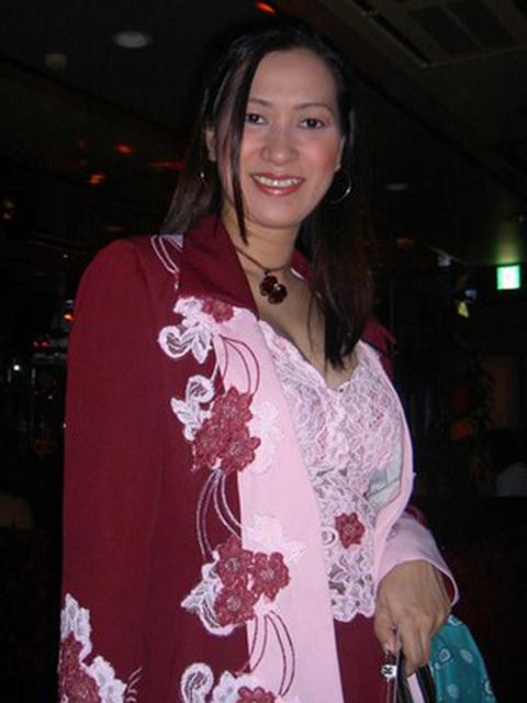 filipina_2004_219