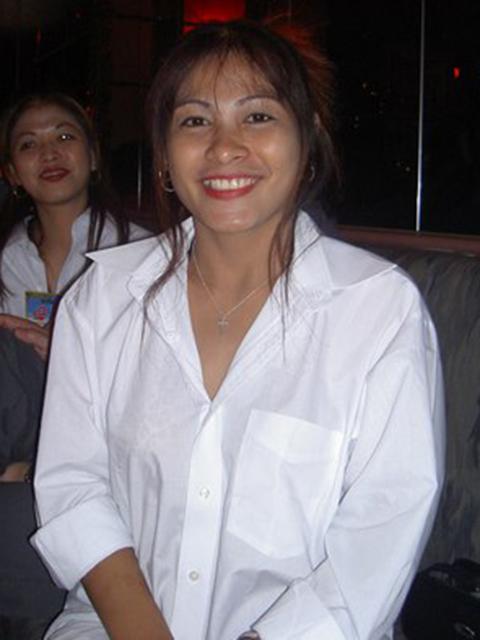 filipina_2004_225