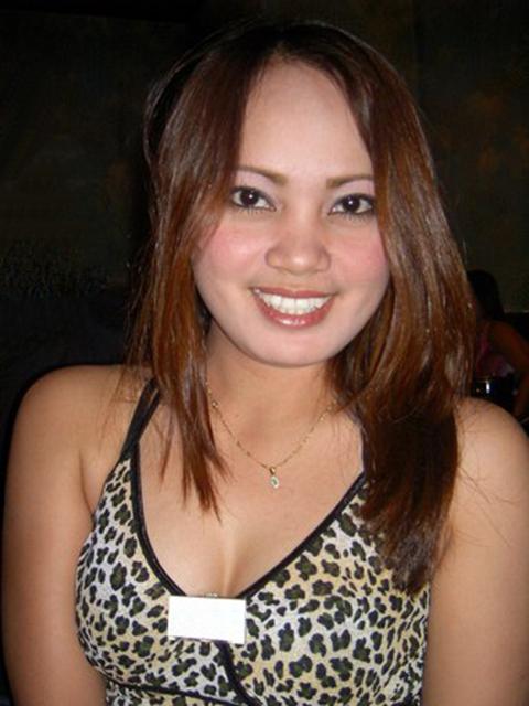 filipina_2004_233