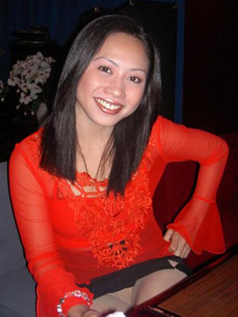 filipina_2004_242