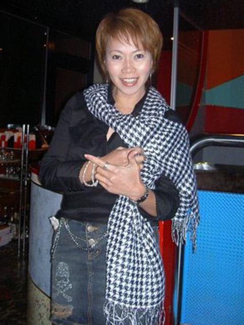 filipina_2005_266
