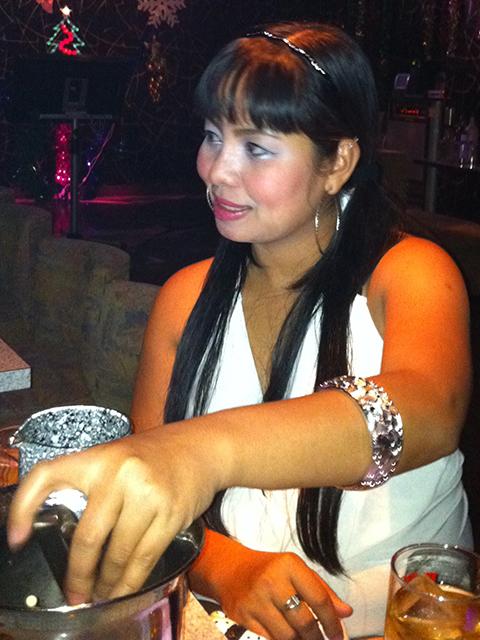 filipina_2012_350